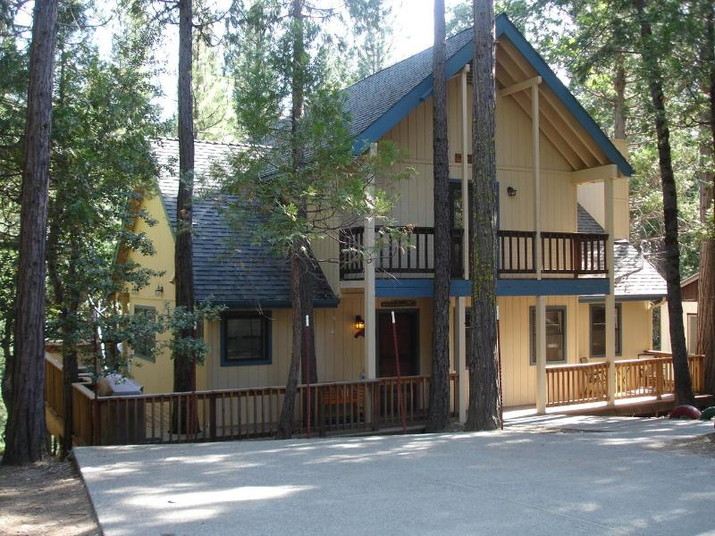 Friends Lodge in Yosemite - New Add. 3+BR/3BA 2303 sf-1025 sf deck-spa-IN YNP - Yosemite National Park - rentals