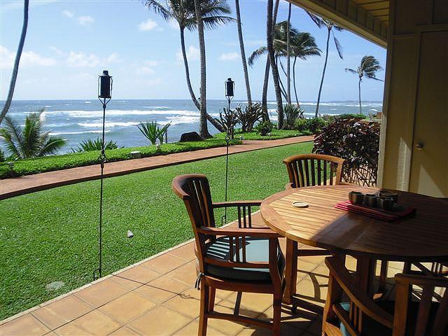 Ocean Front Patio/Eating Area - Hale Awapuhi Villa #1D - Ocean Front Condominium - Kapaa - rentals