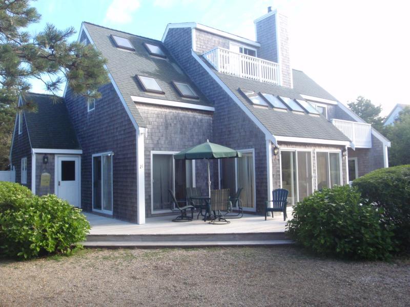 Our Katama home on a quiet cul de sac - Katama Home Near South Beach, Quiet Neighborhood - Edgartown - rentals