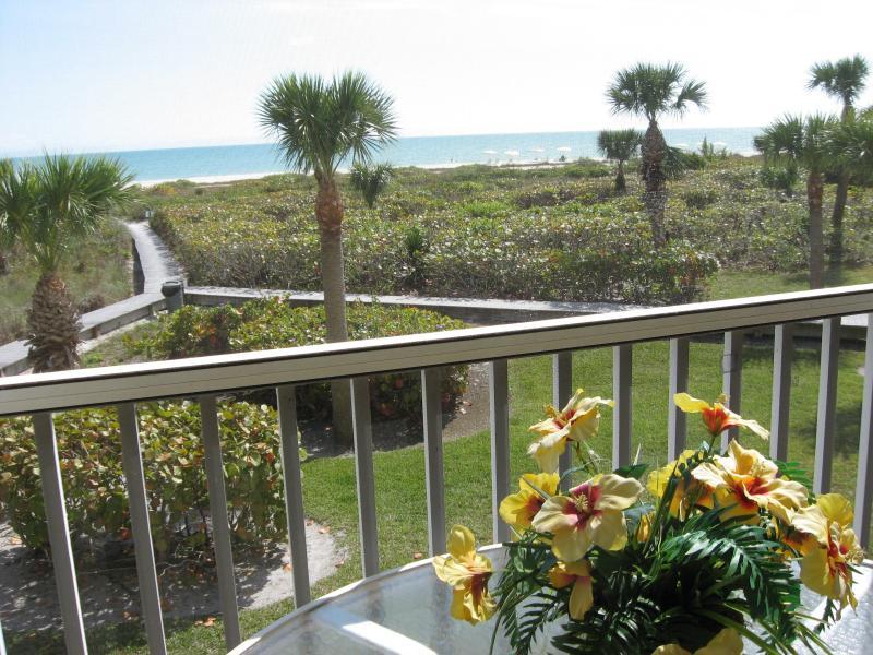 View from Gulf Beach #103 - Gulf Beach - Panoramic View on Quiet Beach - Sanibel Island - rentals