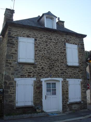 Charming cottage in Dinan near river (B008) - Image 1 - Dinan - rentals