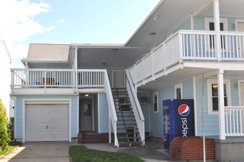 Southwind Apts - 8th Street, Completely Renovated - Image 1 - Ocean City - rentals