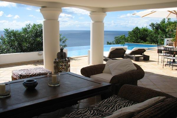 Spacious villa offering wonderful views over the south side of the island WV JBA - Image 1 - Lurin - rentals