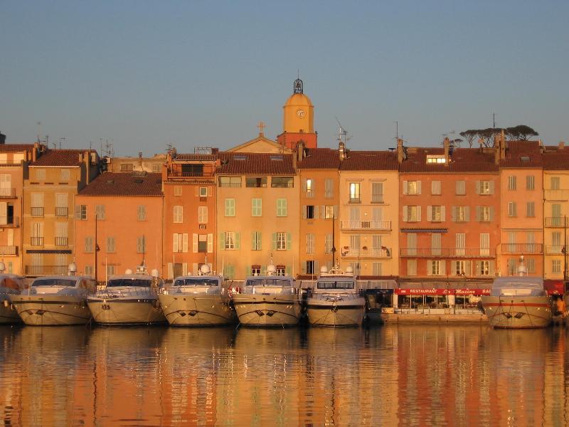 St. Tropez yacht harbour and old village - St Tropez old town, charming apartment near beach - Saint-Tropez - rentals