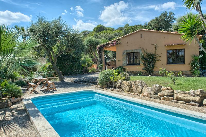 Charming villa BEGUR Private pool sea view Slps 4 - Image 1 - Begur - rentals