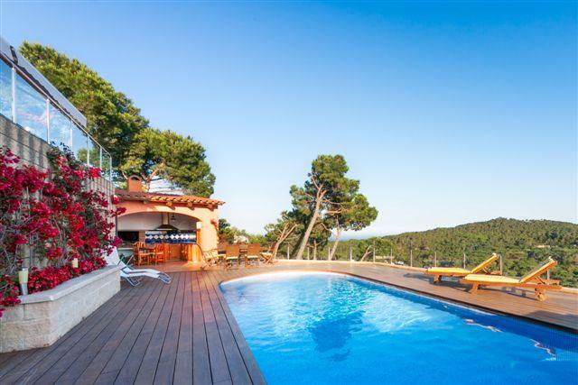 Luxury Villa BEGUR. Large heated pool. Sea Views - Image 1 - Begur - rentals