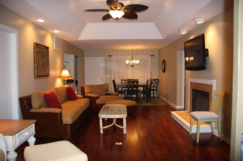 Family room - 3BR Inlet Cove near beach/pool/dock - Kiawah Island - rentals