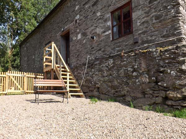 GRAIG LAS, character holiday cottage, with hot tub in Llangynog, Ref 4347 - Image 1 - Llangynog - rentals