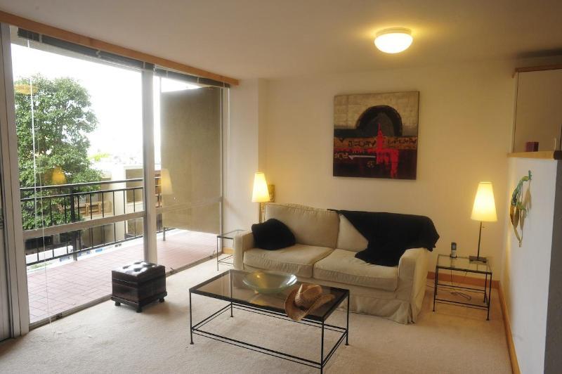 Living area - Big Luxury Condo►Pier 39►Coit Tower, Sleeps4-6 - San Francisco - rentals