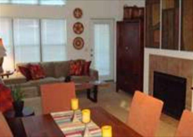 Living Room - First Floor Casita with Mountain Views - Tucson - rentals