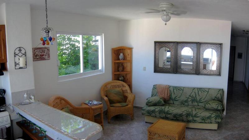 Living Room - 2-4 Bedroom End-Unit condo - Panoramic Ocean Views - Puerto Vallarta - rentals