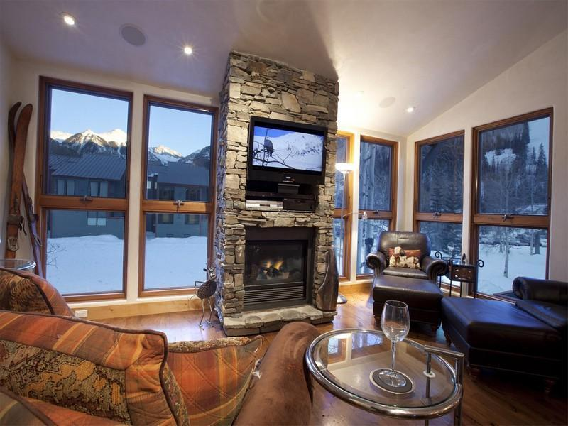 LUXE Ski In/Out In Town 3/2 Condo Walk Everywhere - Image 1 - Telluride - rentals