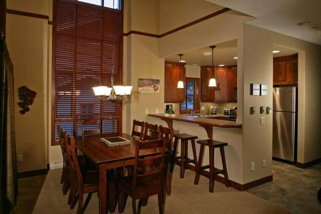 Great dining room and kitchen! - Woodhaven 4 Bedroom with private Hot tub - Sun Peaks - rentals