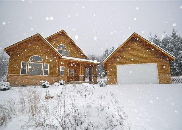 November Snow Storm! - Upscale Vacation Home Near Suncadia! Slps 11 | Hot Tub | Fall Specials! - Cle Elum - rentals