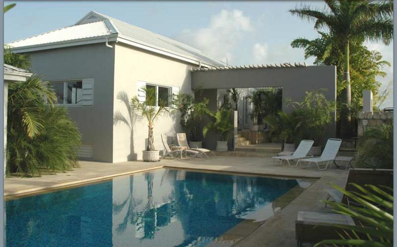 - Wild Dog - Antigua - rentals
