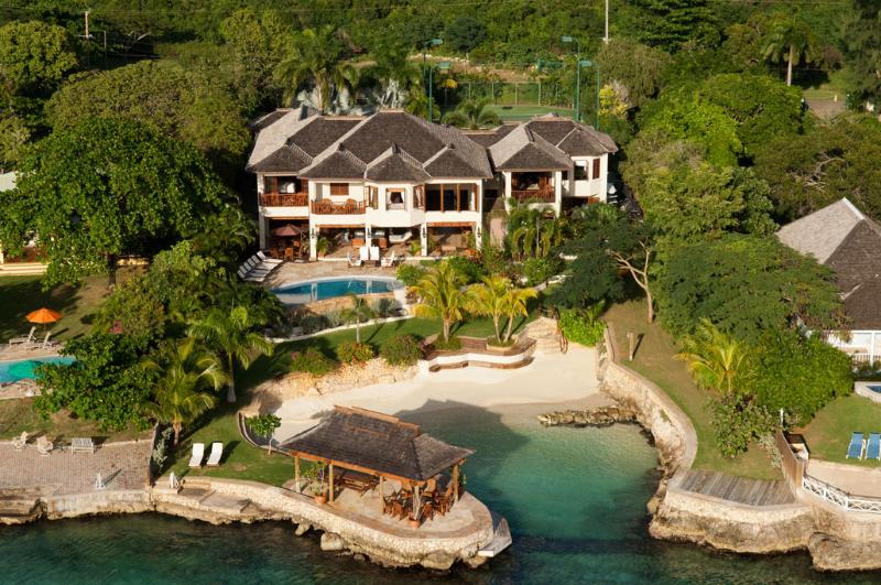 Aerial View - Makana, Discovery Bay 6BR - Discovery Bay - rentals