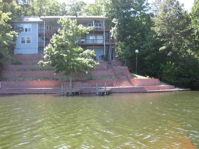 Lake side with swiming, fishing, two large decks to relax. - Big executive Lake Desoto House family play golf - Hot Springs Village - rentals