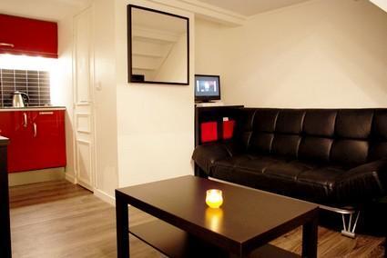parisbeapartofit - Rue des Ecoles Duplex (661) - Image 1 - Paris - rentals