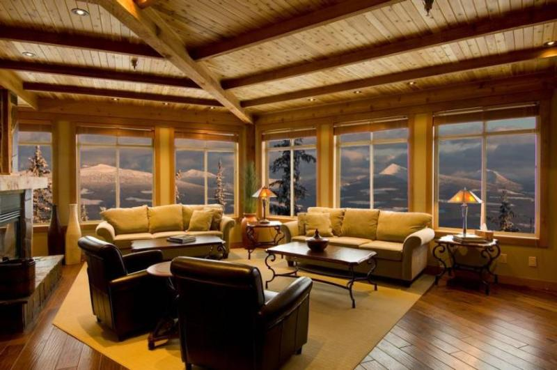 Relax and watch the sun come up with breath taking views !!!! - Ski Big White - Copper Kettle - Big White - rentals