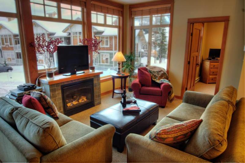 Living room with great view of Mount Morrisey - The Jeffery's Sun Peaks Winter Retreat - Sun Peaks - rentals
