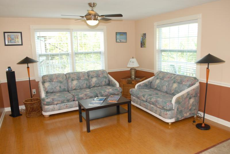 Two Bedroom Suite Living Room - Ohana Hale North  2 or 1 bedroom on Anna Maria - Holmes Beach - rentals