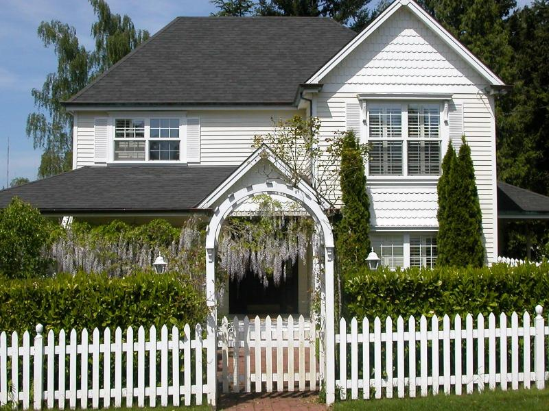 Victorian in Spring - Lovely SW Victorian-3br house w/ Hot Tub - Portland - rentals