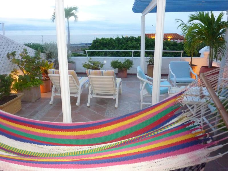 Terrace - Charming Townhouse in the Old City with Oceanview - Cartagena - rentals