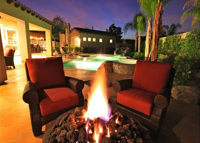 'Clubhouse' Pool, Spa, Firepit, Putting Green - Image 1 - La Quinta - rentals