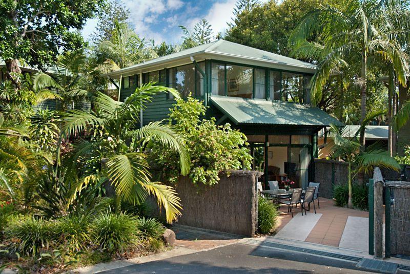 Aamber Garden Villa - Image 1 - Byron Bay - rentals