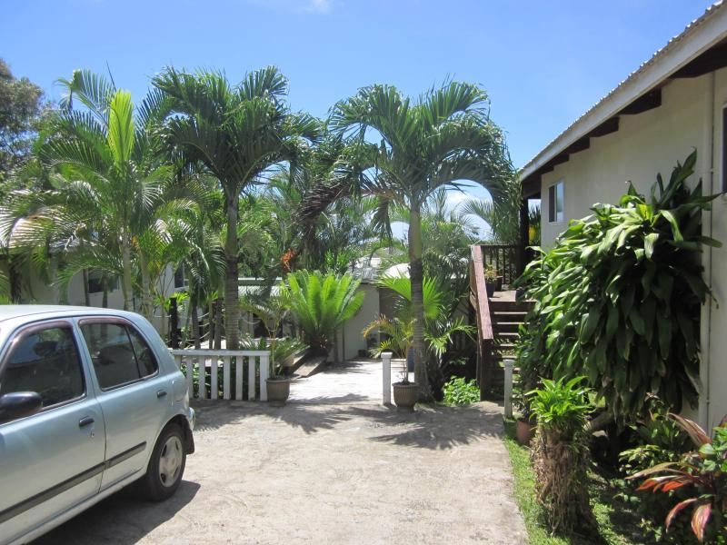 Ample Parking - Muri Lagoon View Bungalows - Rarotonga - rentals