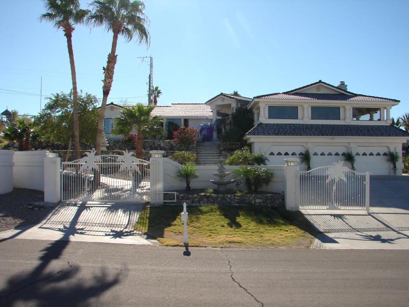 Exclusive Luxury Estate -Exotic Pool&Tennis Court - Image 1 - Lake Havasu City - rentals