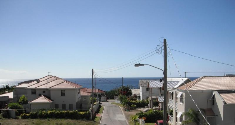 Sea View from property! - 1 bedroom apt 5 mins walk to beach - sea view! - Prospect - rentals
