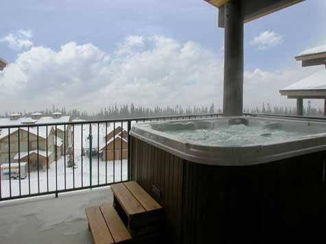 Your own private Hot Tub on deck with far reaching mountain views - The Raven - Penthouse 1530 - Big White - rentals