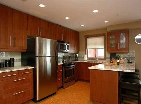 Beautiful well equipped kitchen with everything you'll need...and more! - The Raven - Condo 1521 - Big White - rentals