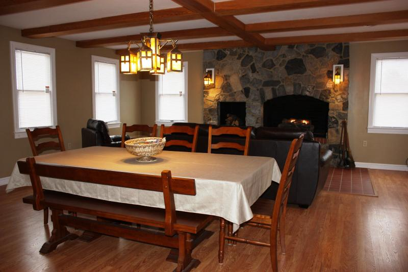 Great Room with dining table and huge fireplace with gas logs - Adventure Inn - Historic Home with Hot Tub, close - Harpers Ferry - rentals
