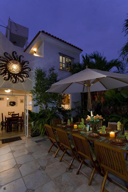 Courtyard at night - Casa Romance Escondido OceanView(Old town)slep10 - Puerto Vallarta - rentals