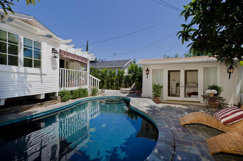 pool, main house, pool house - Designer W. Hollywood Bungalow, Pool, Guest House - West Hollywood - rentals