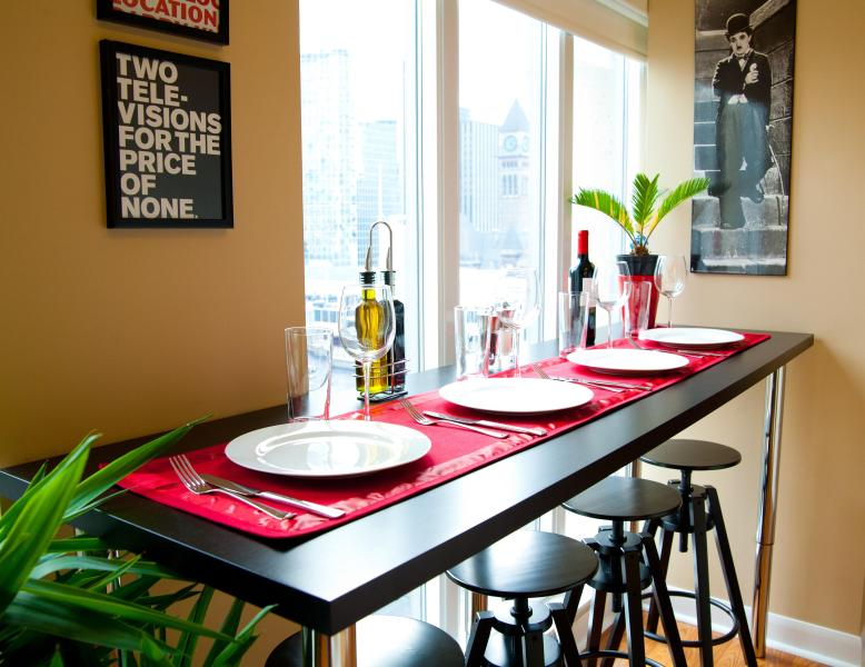 7 Foot Bar Top Dining Table Overlooking Massey Hall - 5 Star Quality, Best Downtown Location, Live Local! - Toronto - rentals