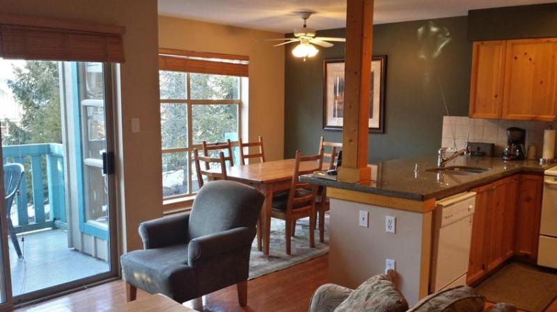 2 Bedroom Townhome with beautiful views of Rainbow Mountain - Image 1 - Whistler - rentals