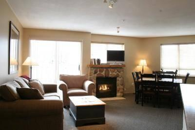Spacious Living Room with Beautiful Views and Cozy Fireplace - 351 Deer Lodge - Whistler - rentals