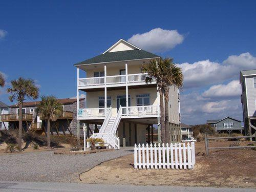 Connemara Cottage 2015 West Dolphin Drive - Image 1 - Oak Island - rentals