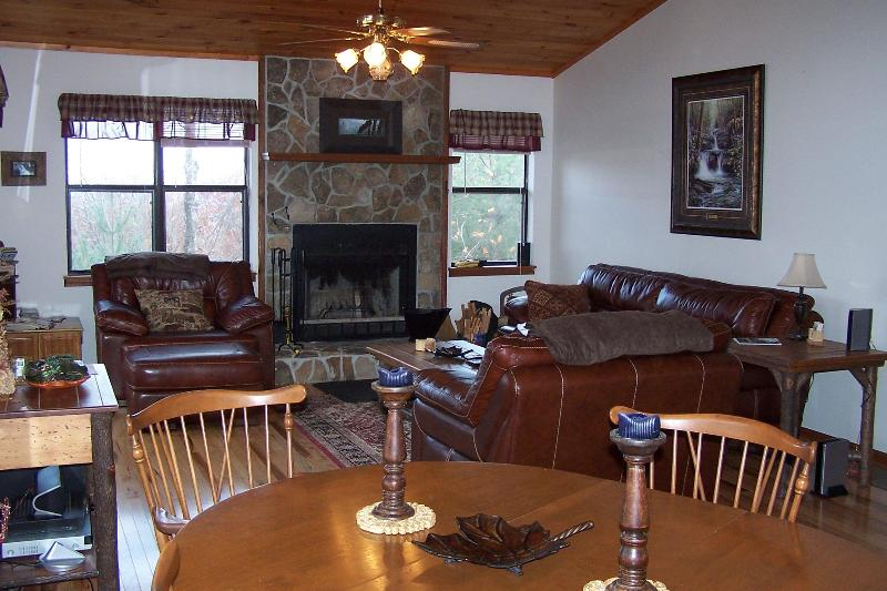 "Living Room with wood burning fireplace - ""Eagles Nest 2 Rest"" Cabin, WiFi- Great Views! - Robbinsville - rentals"