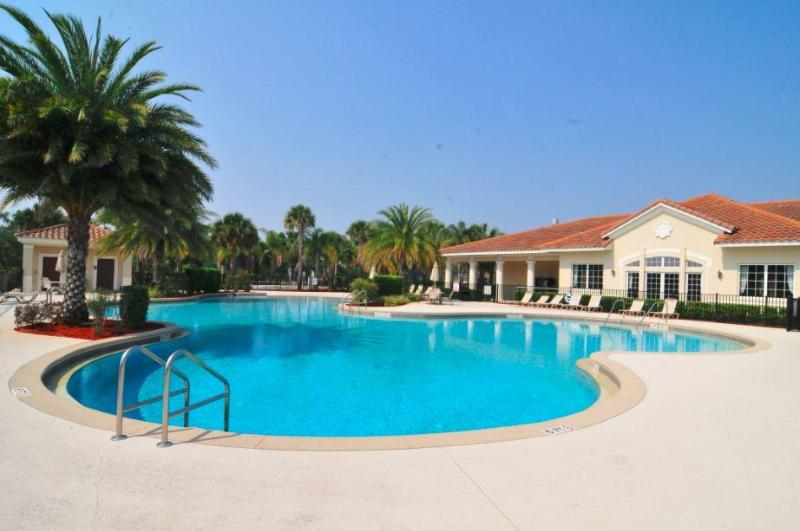 Beautiful Pool and Clubhouse! - Executive Villa in Oakwater Resort - 2 miles from Disney! - Kissimmee - rentals