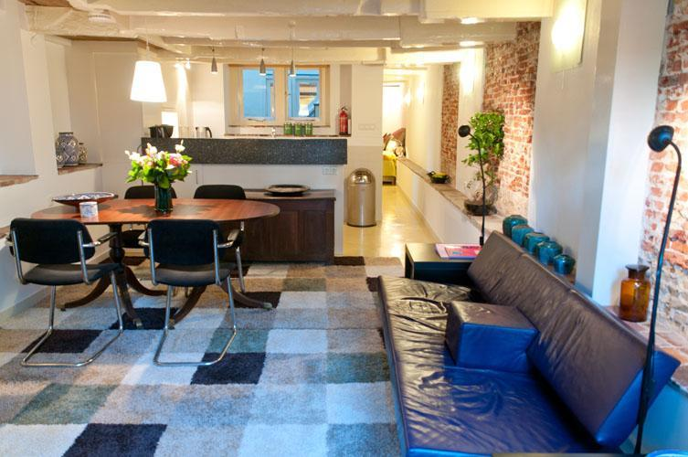 """Your living room - Amsterdam Canal Apartment """"Delft Blue"""" - Amsterdam - rentals"""