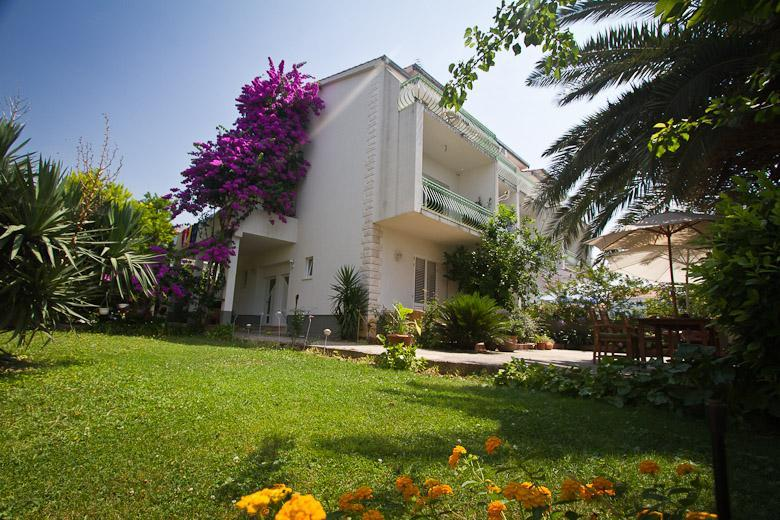 Villa Juradin - Comfortable seaside apartment - Podstrana - rentals