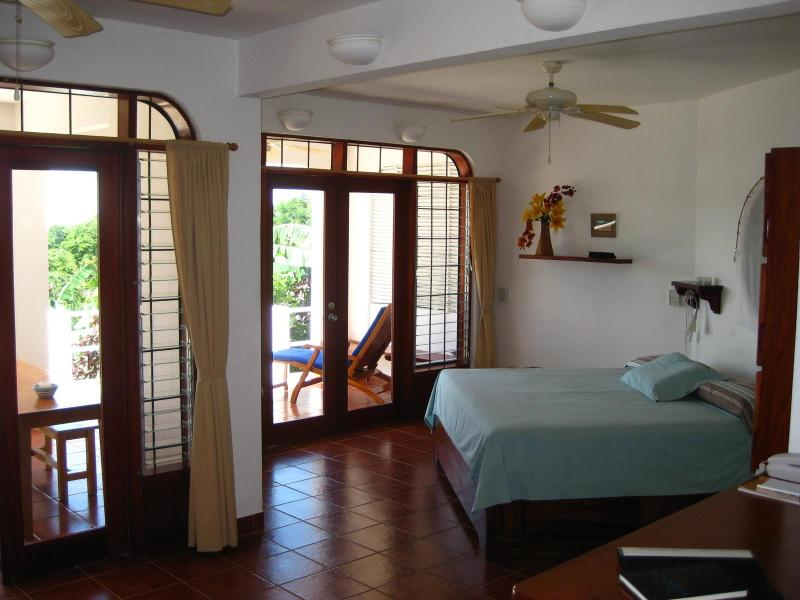 Very spacious Pura Vida life. - Last 2 weeks of April on sale! Rainy season rates! - Nosara - rentals