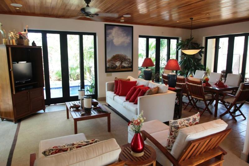 Great Room - Casa Sereno Serenity by the Ocean in the Preserve - Tamarindo - rentals