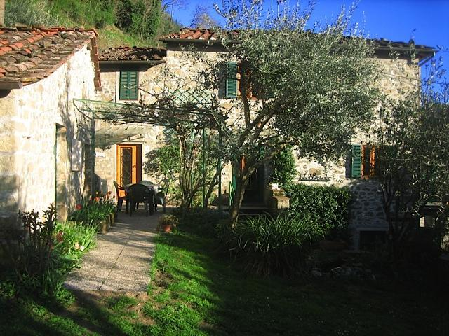 Front of the house - Village home in Bagni di Lucca - Bagni Di Lucca - rentals