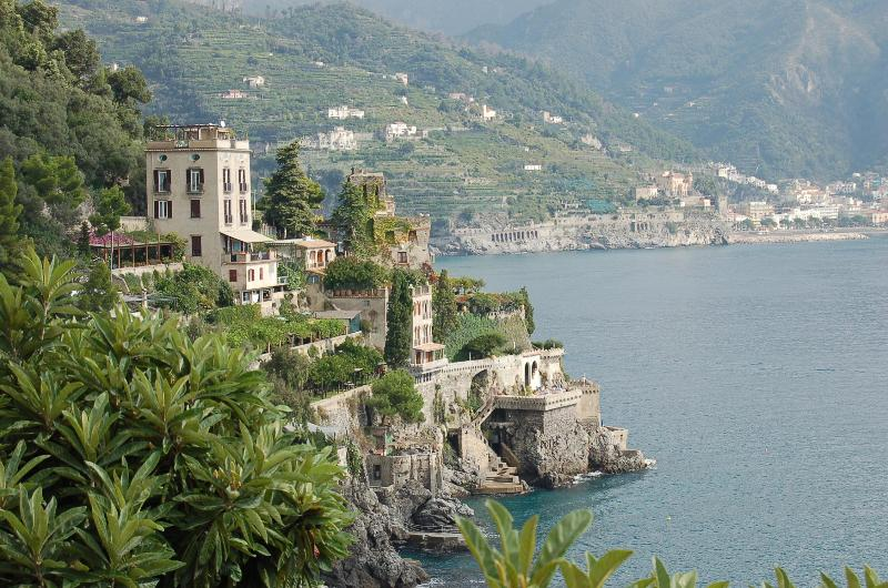Dimora di mare, charming Villa, private sea access - Image 1 - Ravello - rentals