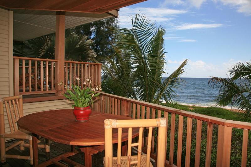 Lanai - Outdoor Water Front Dining - Hale Kepuhi - Beachfront Paradise in Haena, Kauai - Haena - rentals